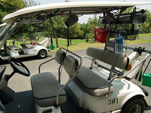 エヴァポ・クーラー ゴルフカートへ設置画像